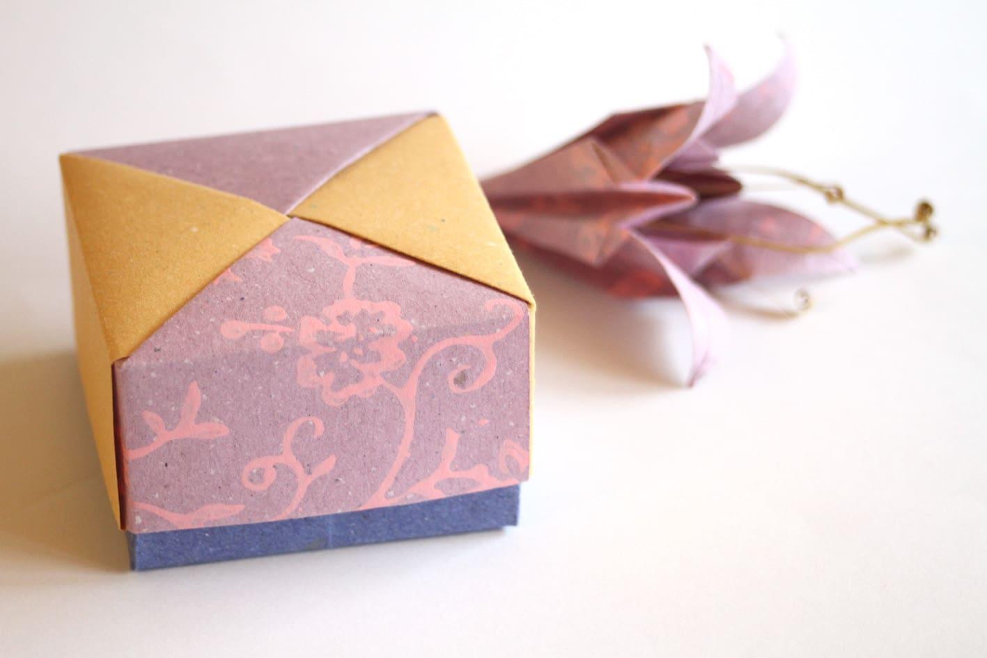 The Art Of Origami Meets Cartapaglia Arbos Boxes Tomoko Fuse S 3 Scatola Modulare Di Fondo Masu Giglio Modello Tradizionale